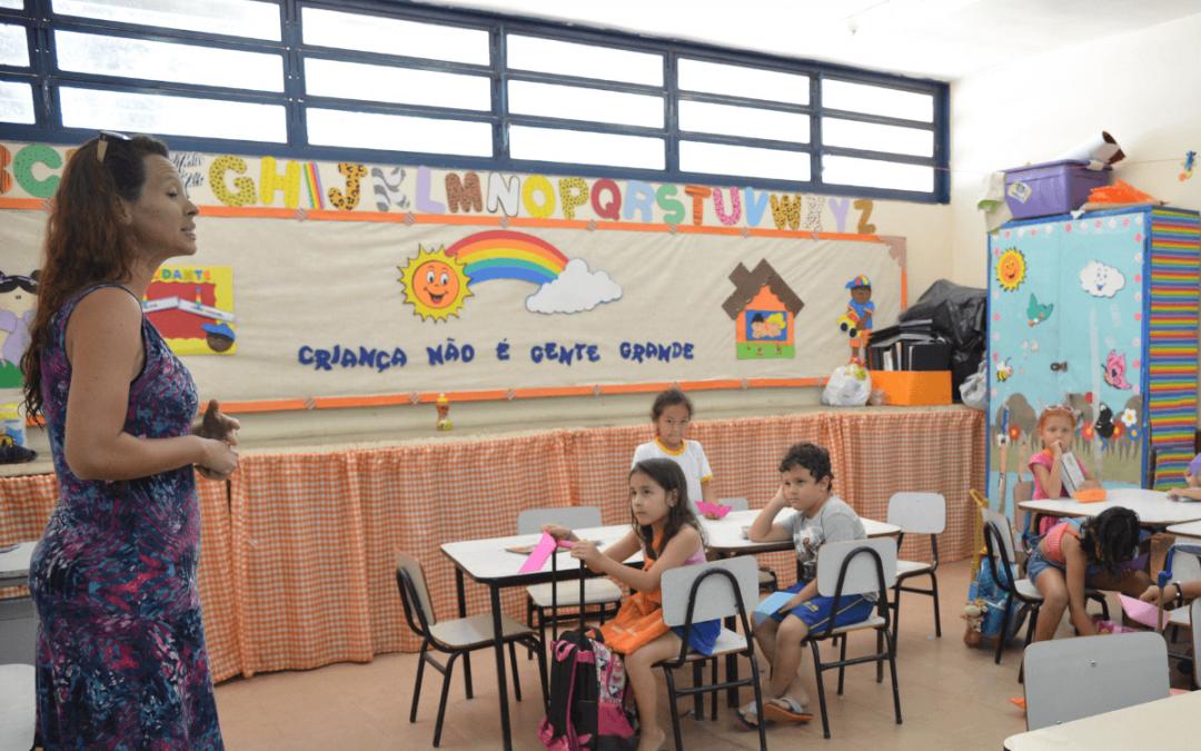#EvidênciasEscribo: descubra os contrastes entre os ensinos público e privado no Brasil