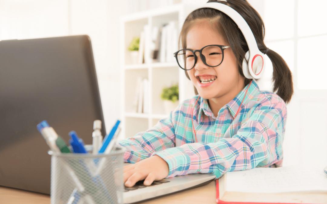 Entenda as diferenças entre o aprendizado online e o ensino remoto de emergência